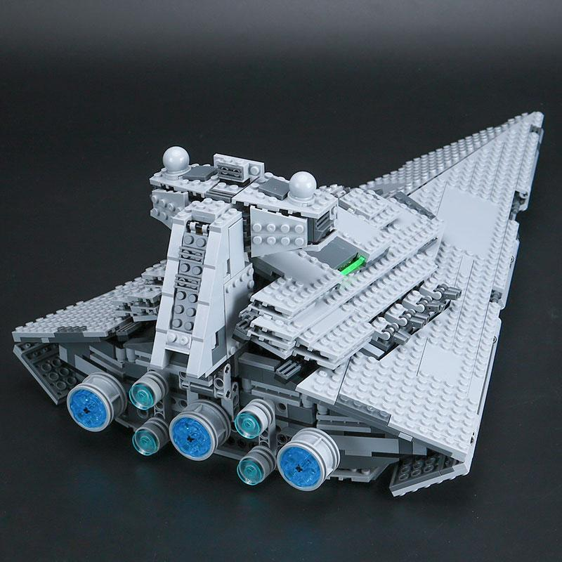 Star Destroyer - 1359 pièces - Boutique Monsieur Miniatures