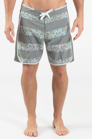 "JAILED MANDALA 17"" SCALLOPED HEM BOARDSHORT"