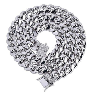 World Shine Chain Silver / 18 inch Iced Out Cuban Chain Silver 12mm