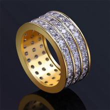 World Shine Ring 7 / Gold Iced Out 3 Row Gold / Diamond Ring