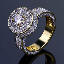 World Shine Ring 7 / Gold Iced Out Central Gold / Diamond Ring
