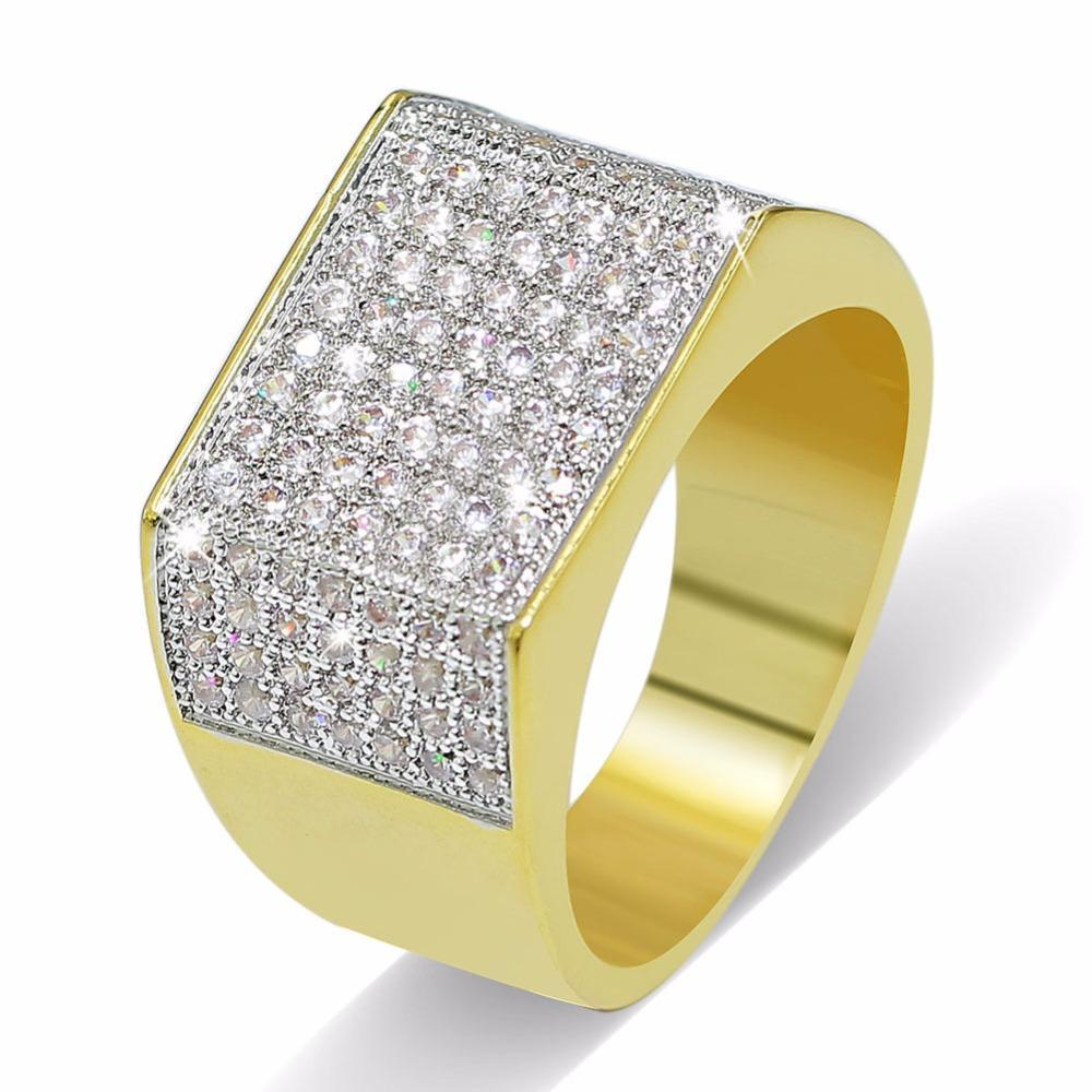 World Shine Ring 8 / Gold Iced Out Square Ring Gold / Diamond