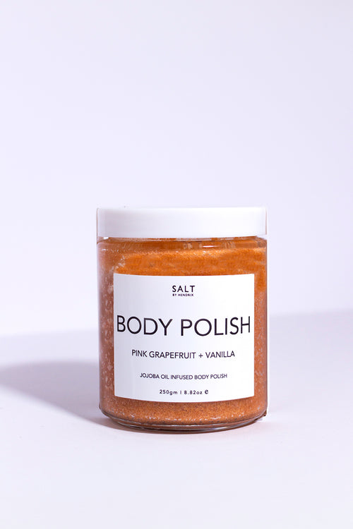 Body polish exfoliant pour le corps Salt by Hendrix contenant en verre gommage orange