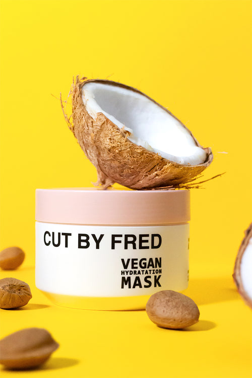 Cut by Fred masque hydratant vegan naturel dans un pot blanc au couvercle rose