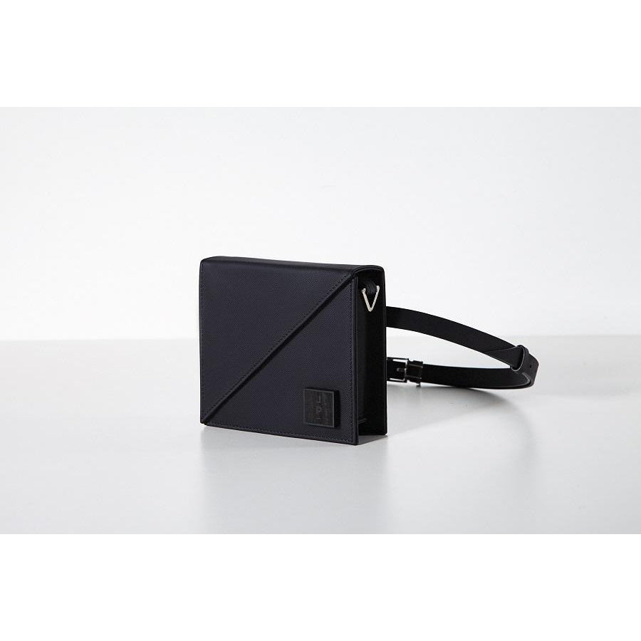 Alex Belt Bag Black-Lona Prist-HOUSE of BOTTA