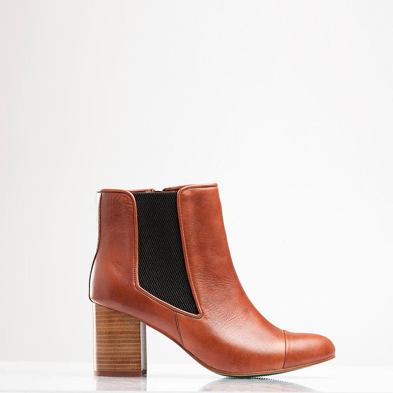 BELLA CHELSEA BOOT (TAN) - Wide Fit-ARABEL MANNERS-HOUSE of BOTTA