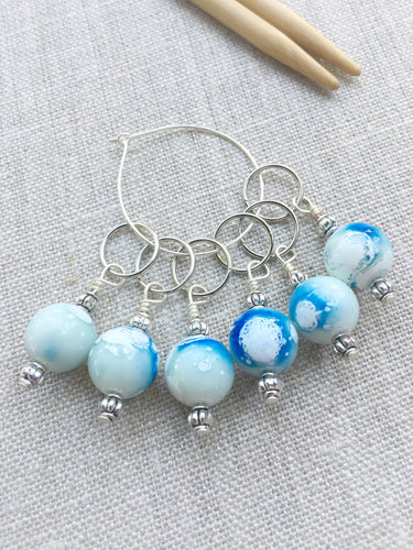 blue and white beaded stitch markers for knitting