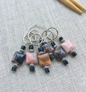 black and pink square snag free stitch markers for knitting