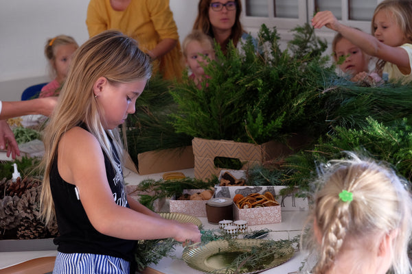 Hand made Christmas Wreath | DIY workshops with Knygu namai Tenerife & Flamingolandia creative team 4