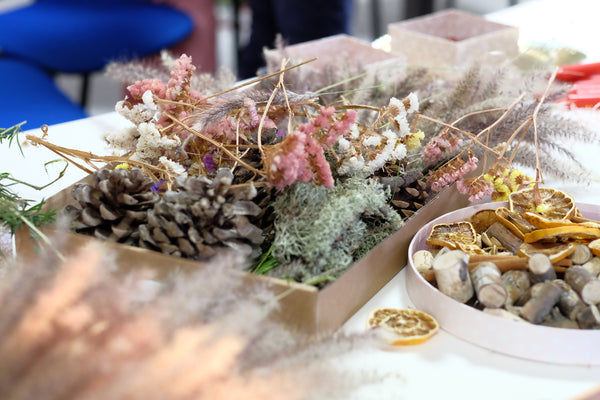 Hand made Christmas Wreath | DIY workshops with Knygu namai Tenerife & Flamingolandia creative team 3