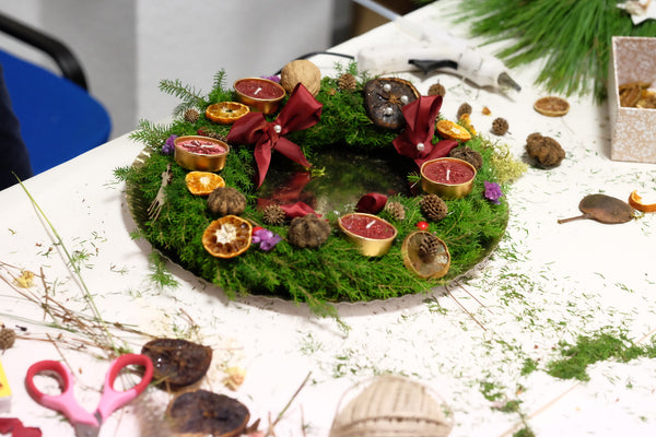Hand made Christmas Wreath | DIY workshops with Knygu namai Tenerife & Flamingolandia creative team