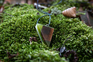 Neck  pendant - Green Moss Magic by  PAKA BINTI | Flamingolandia