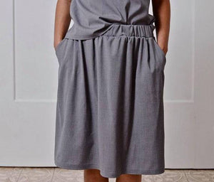 Elastic waist basic grey skirt I Whoosh,skirt | Women fashio shop|  Flamingolandia.online