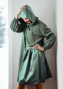 Hooded asymmetric dress Electric green  | InModum | Flamingolandia