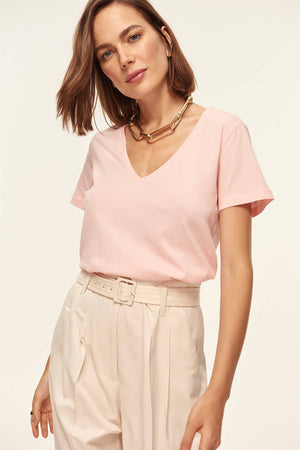 Trendyol Basic - Powder V-Neck Knitted T-shirts TOFSS18DU0013 - sweet-casa.com
