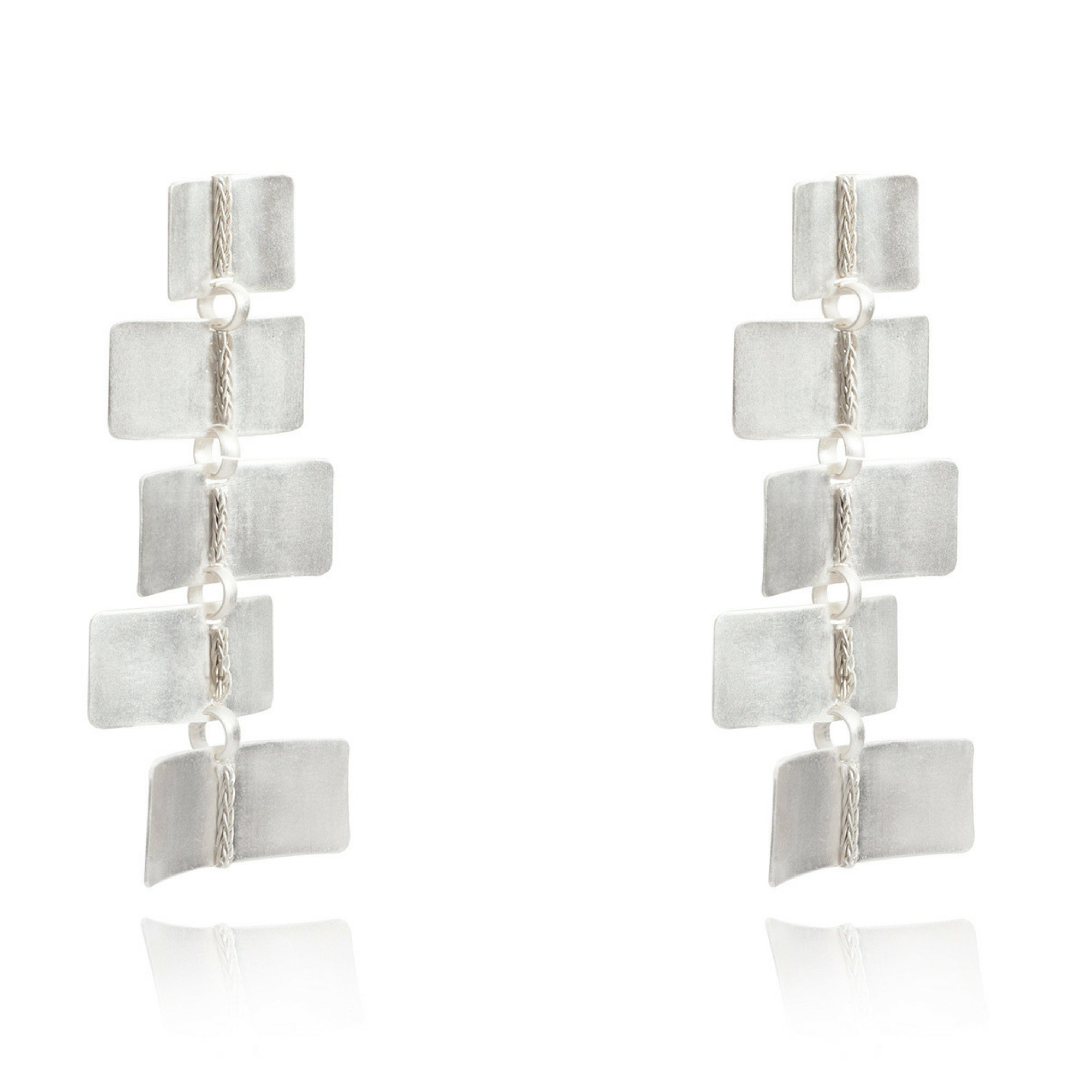 Liza Echeverry Jewelry Colombia Zigzag Earrings White Gold