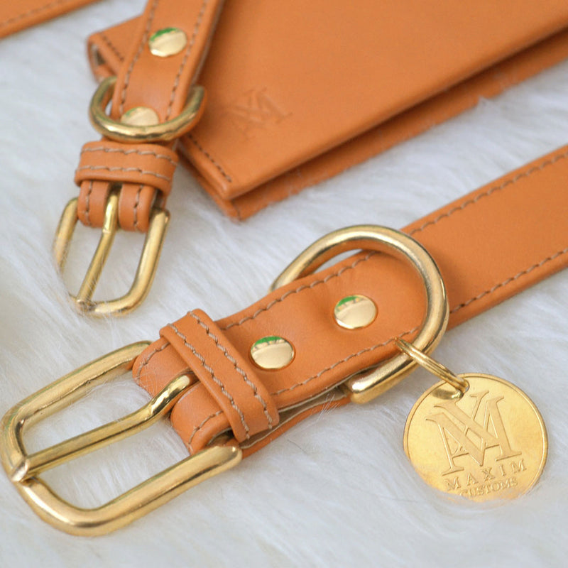 products/luxury-leather-natural-brown-dog-collar-set_7cc430ee-7c7d-4505-b3e2-dce2be46fa3e.jpg