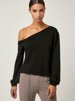 Off Shoulder Pullover In Black