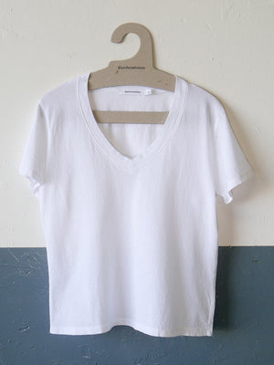 The Hendrix Basic VNeck Tee