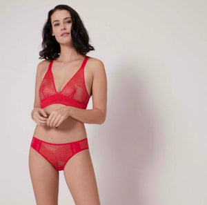 Urban triangle non-wire bra