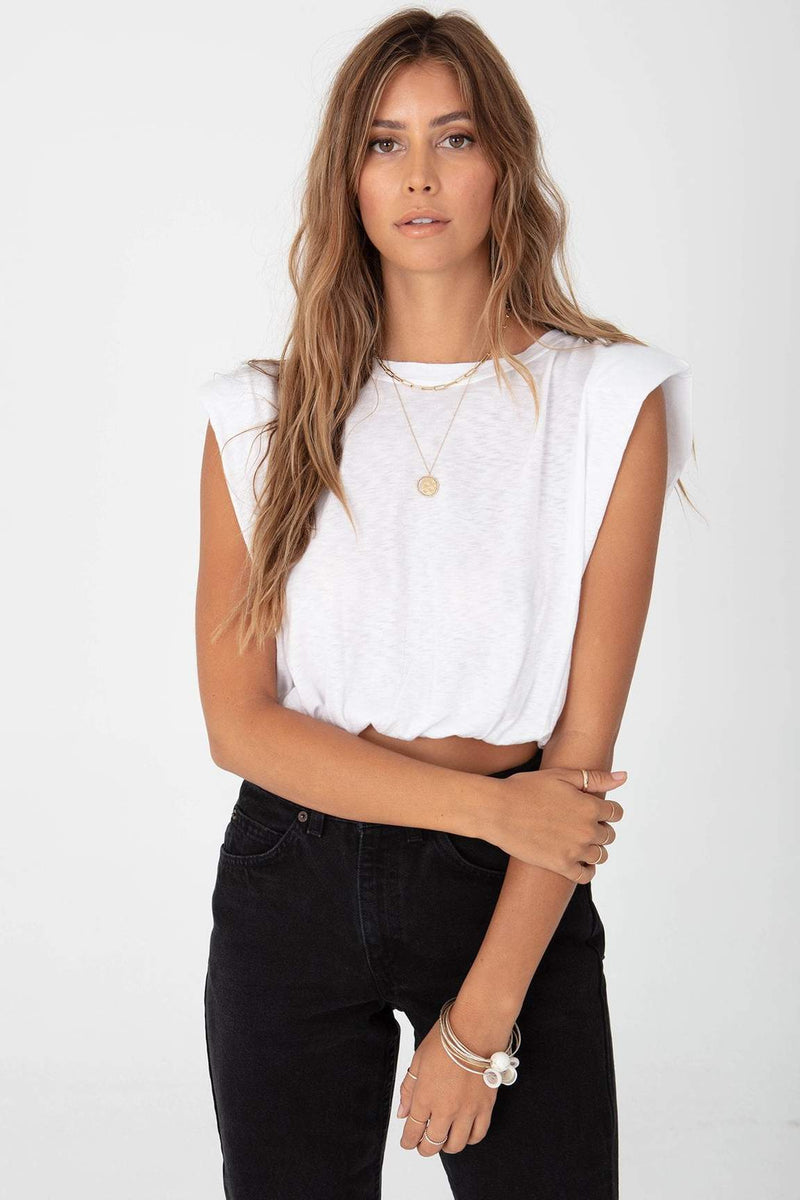 Strong Shoulder Crop Top