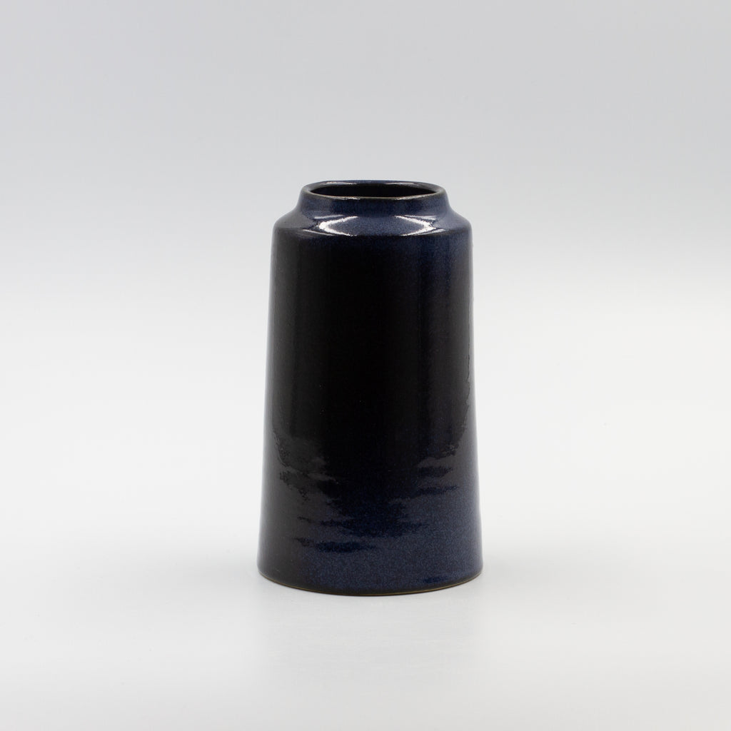 Yarn Vase -Dark blue