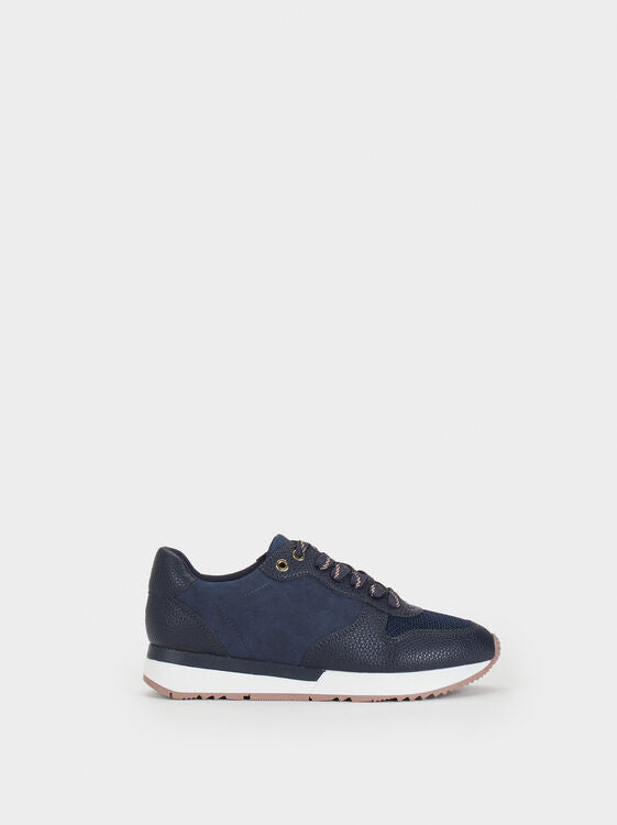 Navy sneakers - The HiO Life