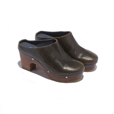 Women's Mule Clog in Vintage Black Leather - The HiO Life