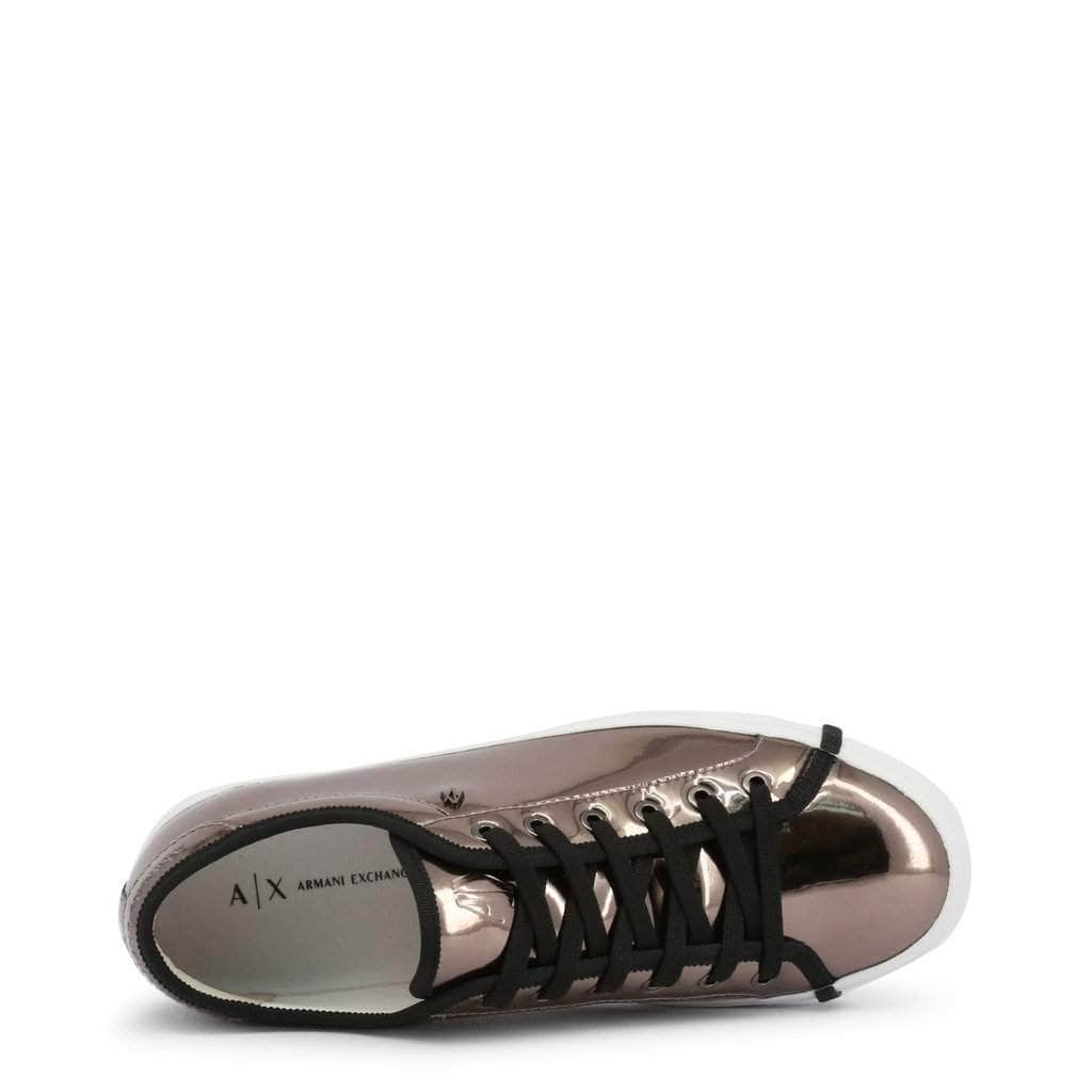 your trendy style Shoes Sneakers Armani Exchange - 945009_8P452