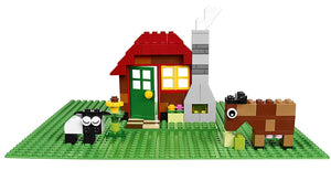 LEGO Classic Green Baseplate 2304 Supplement for Building, Playing, and Displaying LEGO Creations, 10cm x 10cm, Large Building Base Accessory for Kids and Adults (1 Piece)