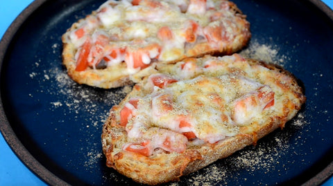 Tomato-Cheese Masala Toast