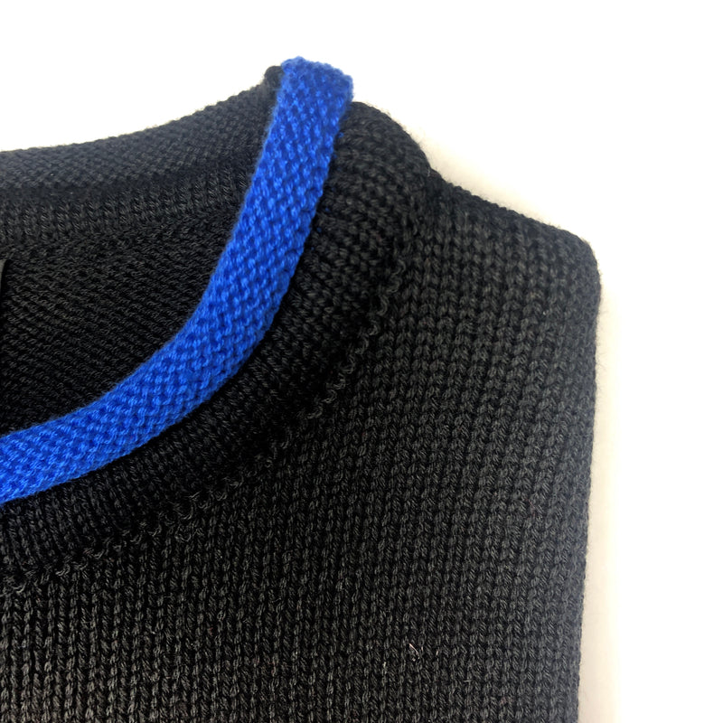 RUGGED SWEATER - ROLL NECK