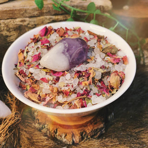 Full Moon Ritual Flowering Bath Salts With Amethyst