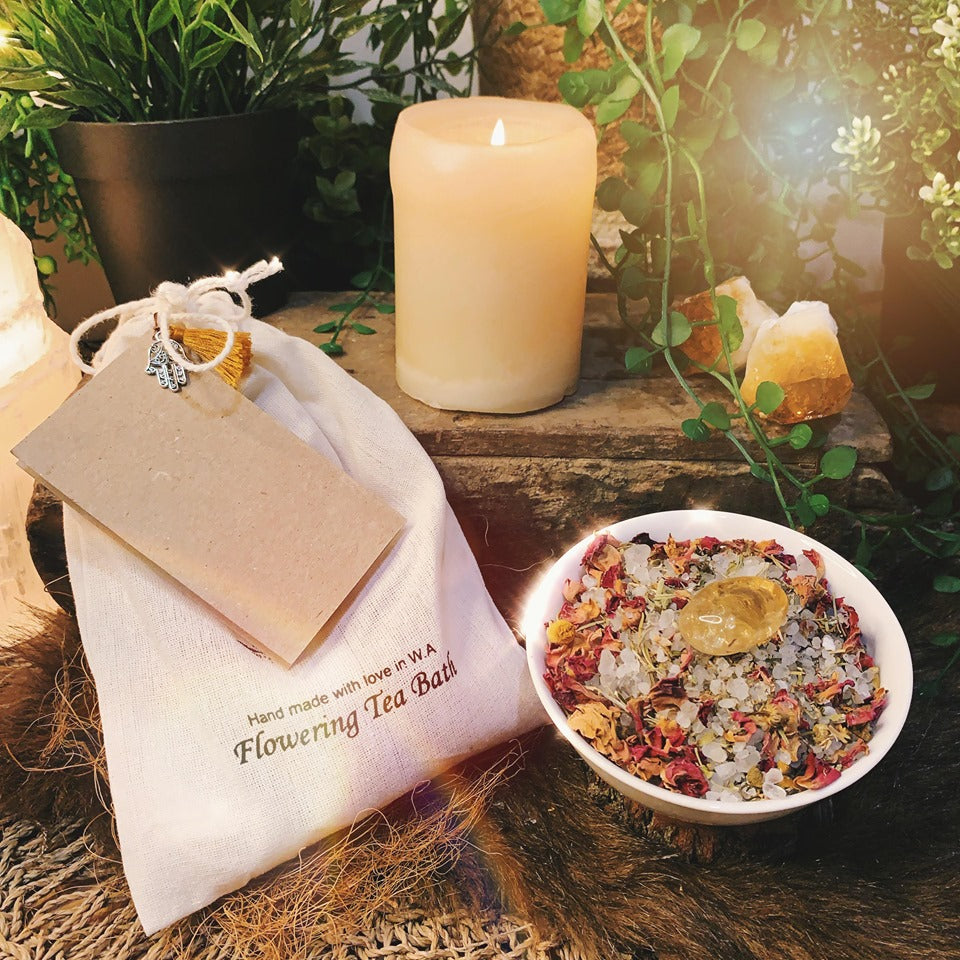Prosperity Flowering Bath Salts With Citrine