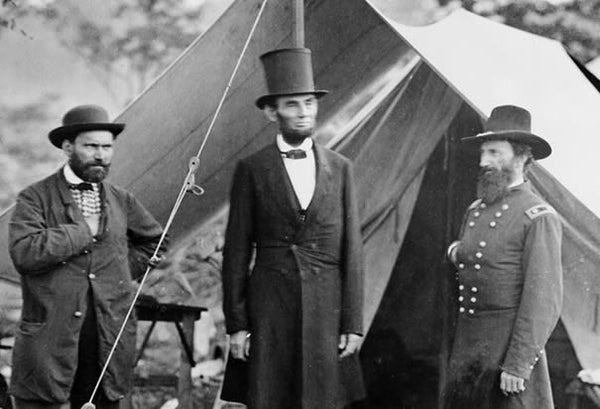 The Inside Story of Abraham Lincoln s Top Hat – Kiwi Hats 324ef97c281