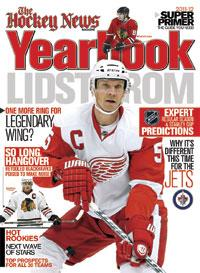 2011 - 2012 NHL YEARBOOK | Detroit & Chicago Cover