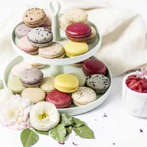 Macarons & Baked Goods