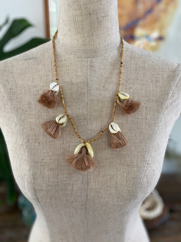 Shell Tassel Necklace Short