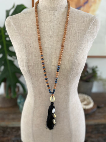 Wooden Bead Tassel Necklace with Pearls - Black