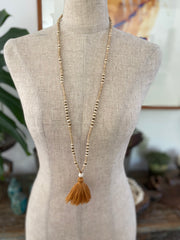 Light Wooden Tassel - Tobacco