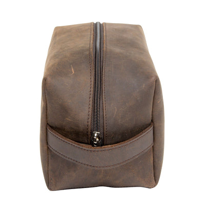 BROWN LEATHER TOILETRY BAG