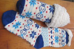 Sherpa-Lined Cabin Socks & Gift Kit - Tumble into Love