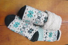 Sherpa-Lined Cabin Socks with FREE printable gift tags! - Tumble into Love