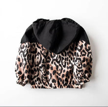 Load image into Gallery viewer, Animal Print Windbreaker