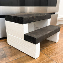 Load image into Gallery viewer, Crockett Step Stool