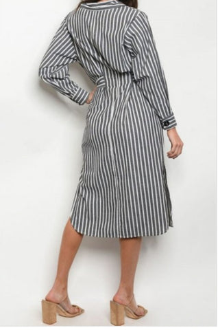 Stripes buttoned long Sleeve midi dress