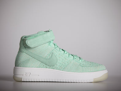 Nike Airforce 1 Flyknit Enamel Green