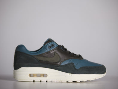 NikeLab Airmax 1 Pinnacle Jade Khaki