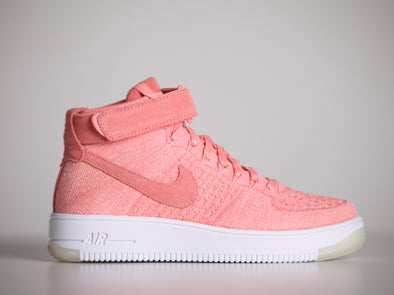 Nike Airforce 1 Flyknit Pink