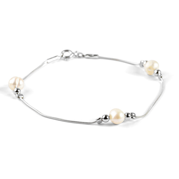 Bead Bracelet in Silver and Pearl